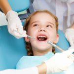 Clinici stomatologice pentru copii – Cum ne pregatim pentru prima vizita